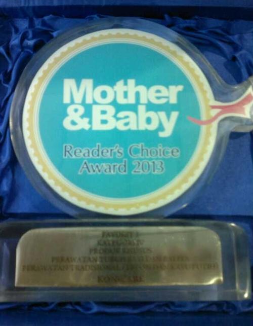 Konicare menerima Award dari Mother & Baby Fair 2013